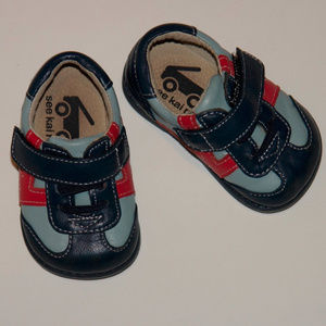 Boys See Kai Run Smaller Walkers Blue Leather Sz 3